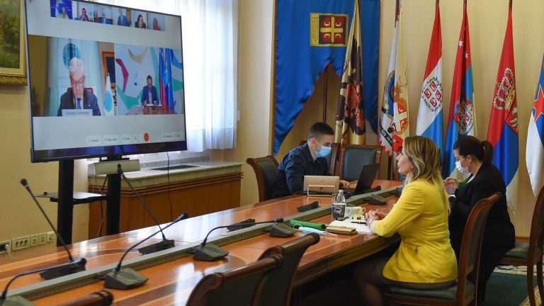 J. Joksimović: การเปลี่ยนแปลงสีเขียวอย่างยั่งยืนของภูมิภาคเอเดรียติกและไอโอเนียน